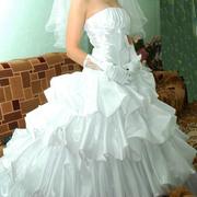 Продам свадебное платье в Липецке